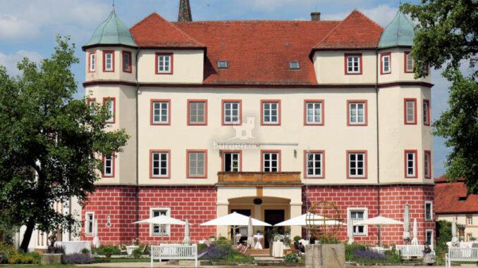 Schloss-Donzdorf_frontal