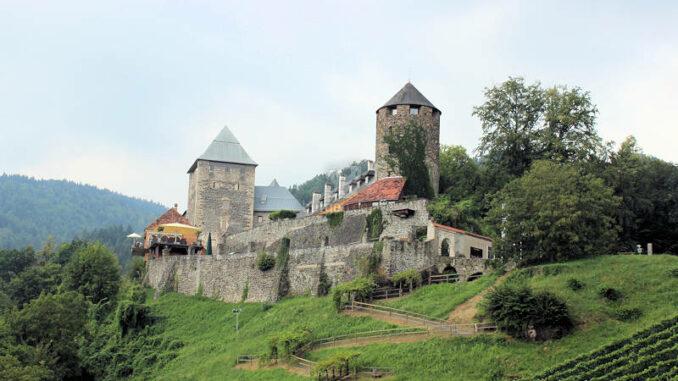 Burg-Deutschlandsberg_2779_Panorama