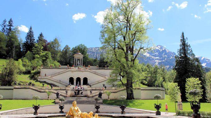 Schloss-Linderhof_9135_Waterfeature
