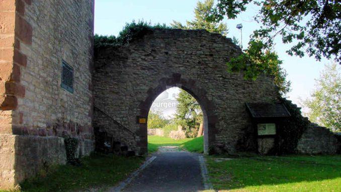Burg-Greene_Tor_0041