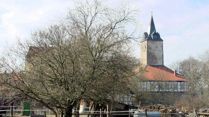 Burg-Lutter_Seitenansicht_0037