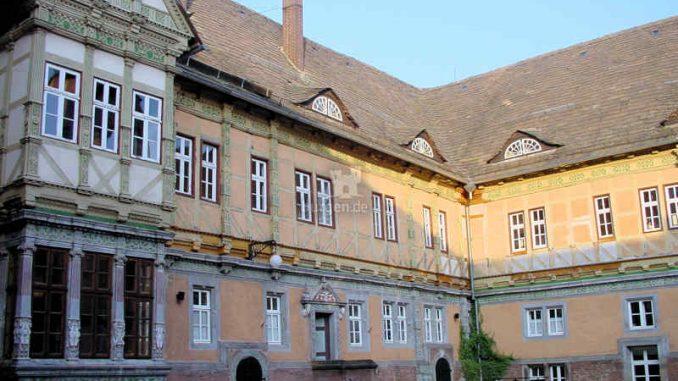 Schloss-Bevern_Innenhof_0049
