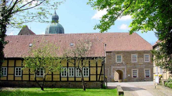 Schloss-Fuerstenau_Torhaus_0015