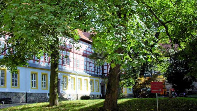 Schloss-Herzberg_Innenhof-2_0003