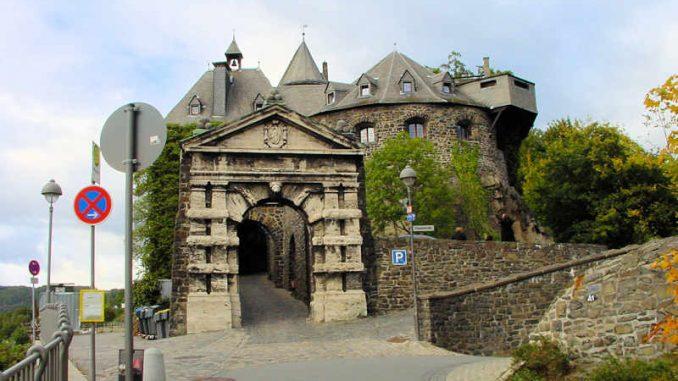Burg-Altena_Torhaus_0115