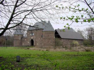 Burg Vondern (NRW) - Vorderseite