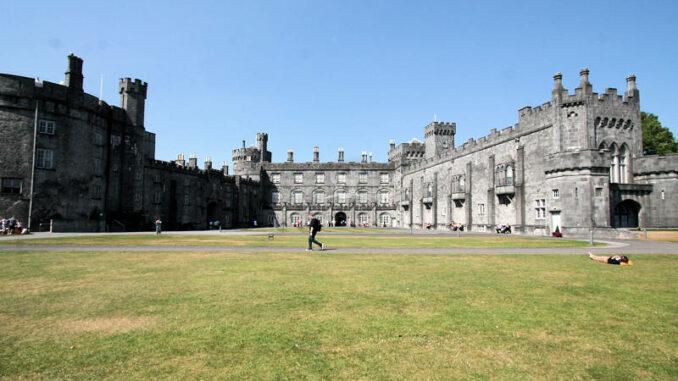 Kilkenny-Castle_9381_Breitwand