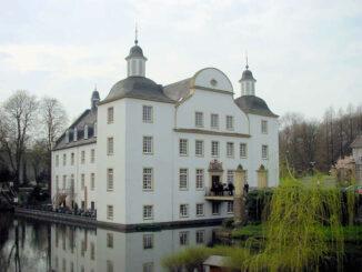 Schloss Borbeck (NRW) - Front und Eingang