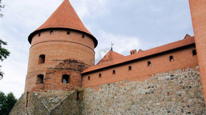 Trakai_1239_Wehrturm