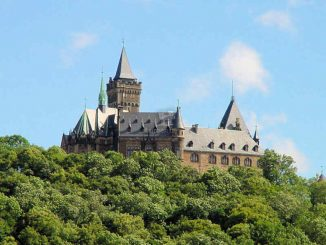 Schloss Wernigerode (Sachsen-Anhalt) - aus der Ferne