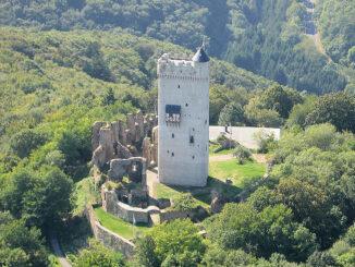 Burg Olbrück (Rheinland-Pfalz) - Luftbild