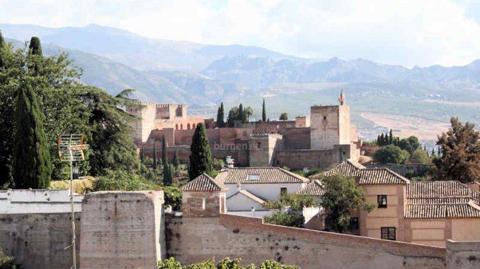 Alhambra, Granada (Spanien) - Seitenansicht