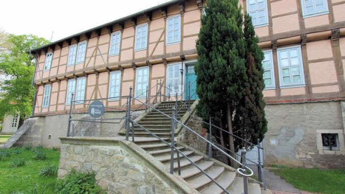 Schloss-Fallersleben_Eingangstreppe_3954