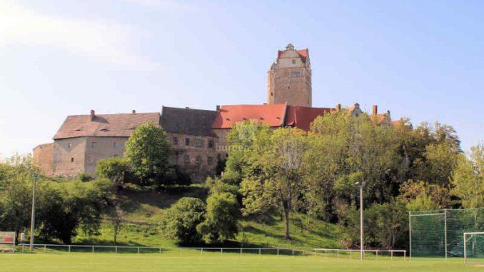 Schloss-Ploetzkau_Gesamtansicht_3874