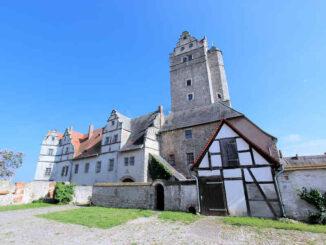 Schloss Plötzkau (Sachsen-Anhalt) - Seitenansicht