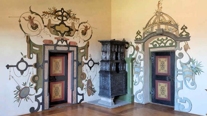 Schloss-Wilhelmstein_Tuermalereien