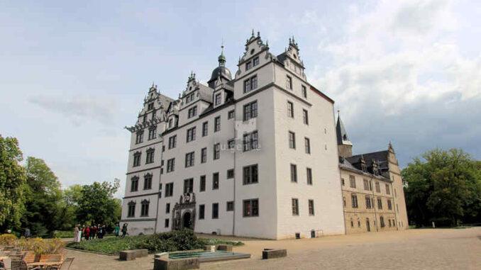 Wolfsburg-Schloss_Frontansicht_3975