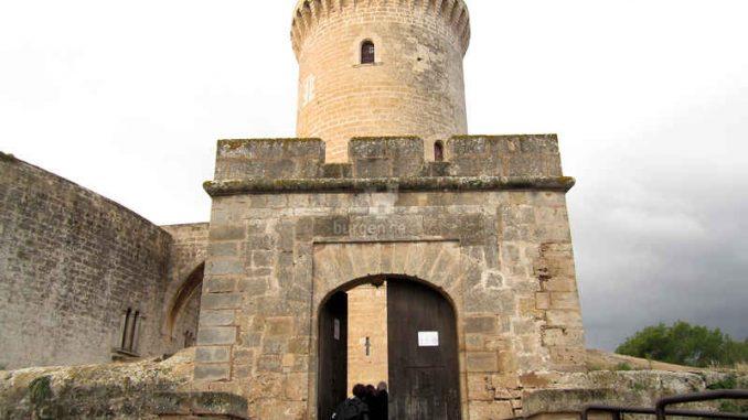 Bellver-Mallorca_Eingang_1382