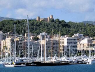 Bellver, Mallorca (Spanien) - hoch über dem Hafen