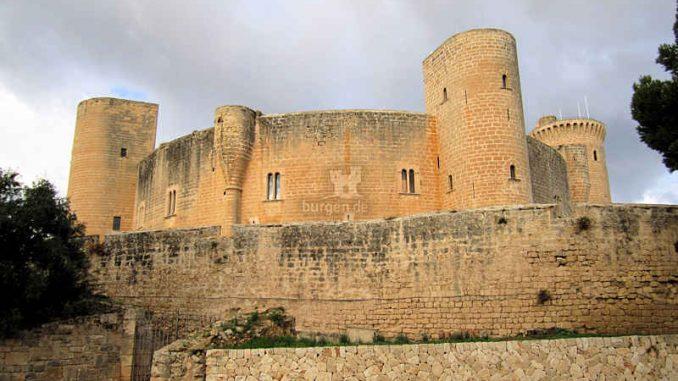 Bellver-Mallorca_Schildwall_1441