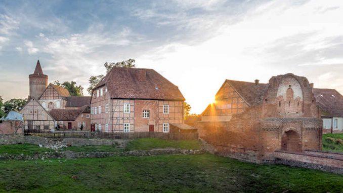Burg-Stargard_Abendstimmung