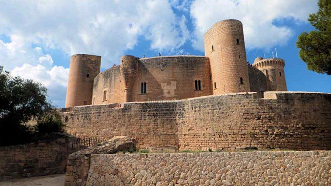 Castell de Bellver (Spanien) - flickr / Alan Samuel