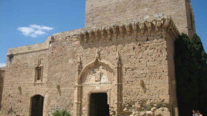 Alcazaba-de-Almeria_Eingang_7629