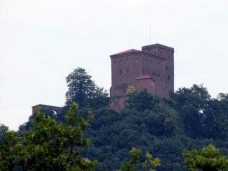Burg Trifels - Blick aus dem Tal