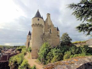 Chateau Montresor (Loire) in der Nachmittagssonne - burgen.de