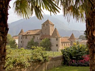 Schloss Maretsch, Bozen - Blick aus dem Park