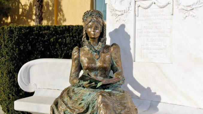 Schloss-Trauttmansdorff-Meran_Sissi-Statue