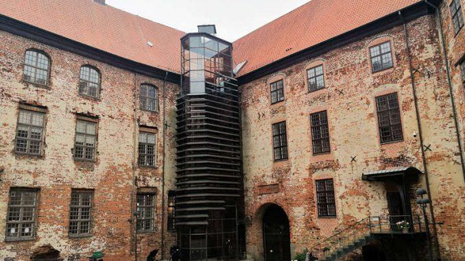 Schloss-Koldinghus_modernes-Treppenhaus_143724