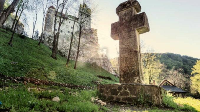 burgen.de_Bran-Castle_Kreuz