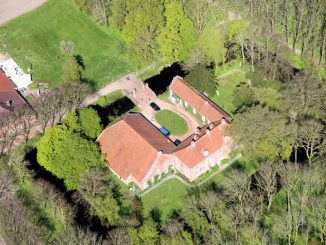 Osterburg Groothusen, Aurich (Niedersachsen) - Luftbild
