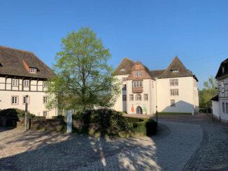 Schloss Fürstenberg, Niedersachsen - Innenhof und Schlossanlage