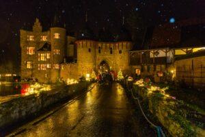 Burgweihnacht auf Burg Satzvey © Mike Göhre / Der Fotoschmied