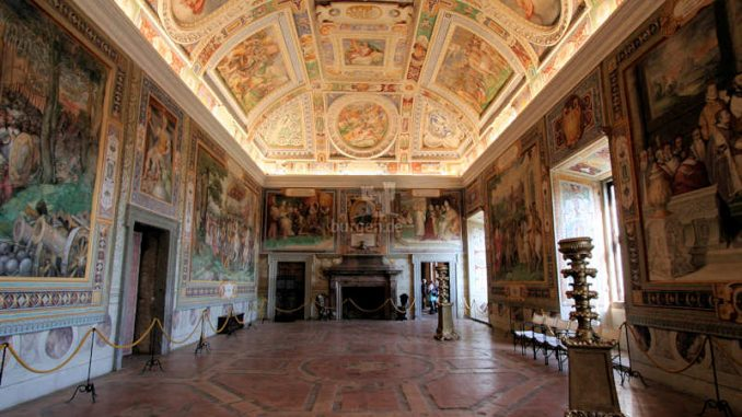 Palazzo-Farnese_Caprarola_Prunksaal_9831