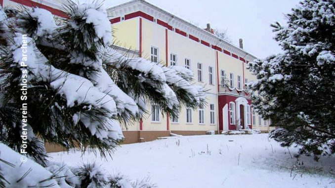 Schloss-Parchen_im-Winter_(c)-Foerderverein-Schloss-Parchen