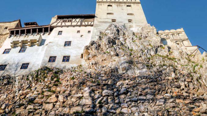 burgen.de_Bran-Castle_Wehrturm