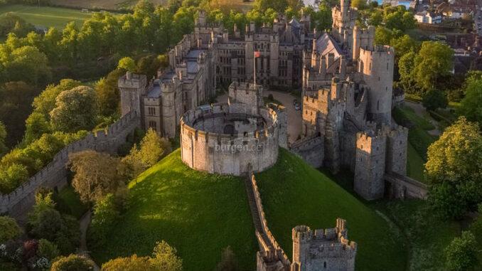 Arundel-Castle_Luftbild-2_AerialSussex-Sam-Moore
