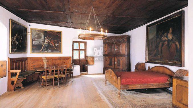 Burg-Taufers_1583152064-30_och