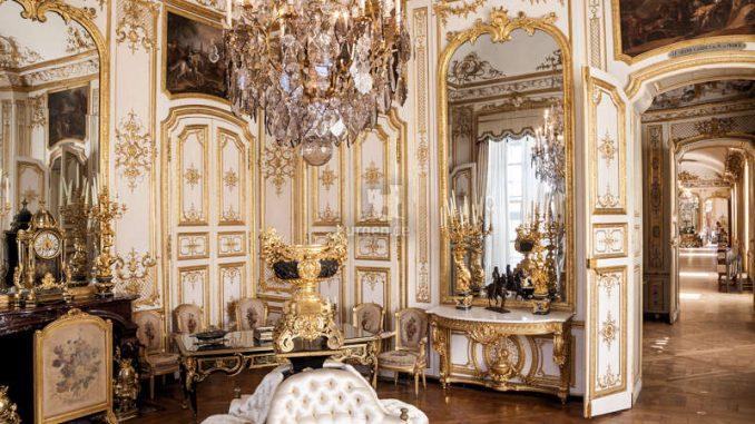 Chateau-Chantilly_Eckzimmer-c-sophie-lloyd