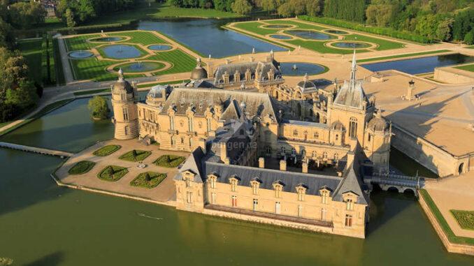 Chateau-Chantilly_Luftbild_c-jerome-huyvet