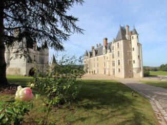 Chateau de Montpoupon, Loire (Frankreich) - Ansicht Innenhof
