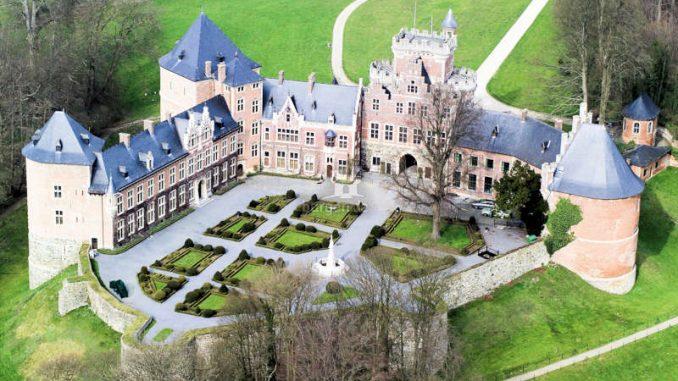 Kasteel-van-Gaasbeek_Luftbild-Hinterseite
