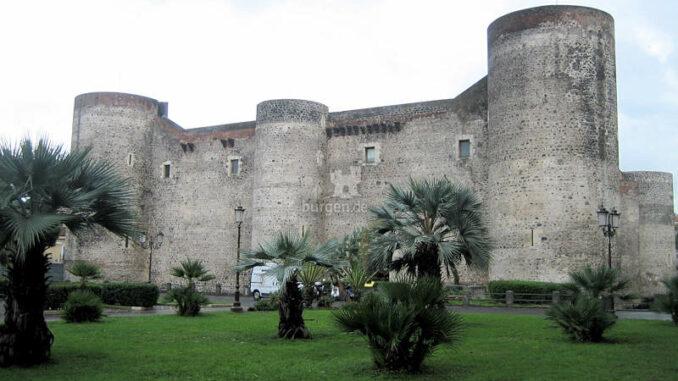 Castello-Ursino_Vorderseite