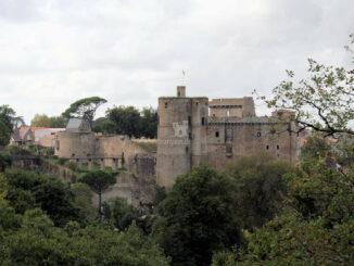 Château de Clisson, Seitenansicht