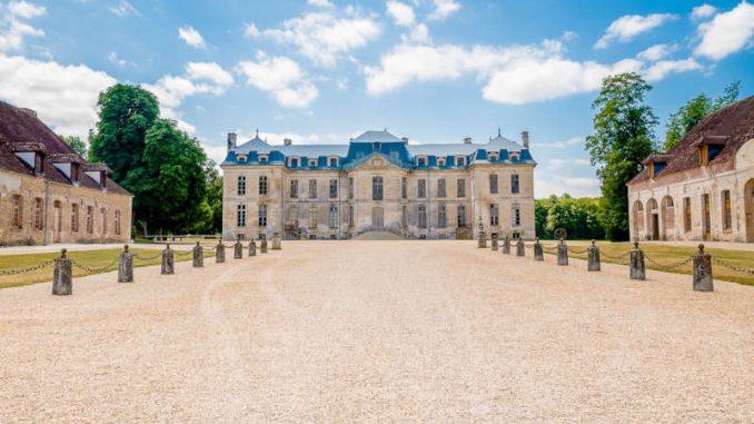 Chateau-de-Vaux_Innenhof