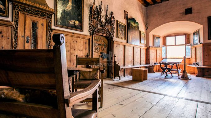 Schloss-Tratzberg_grosser-Saal