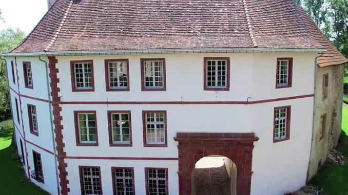 Chateau-Saint-Sixte_Eingang